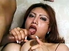 Shemale gets facials after oral fun